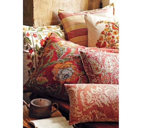Decorative Pillows At Pottery Barn : Pottery Barn 12 Decorative Pillows
