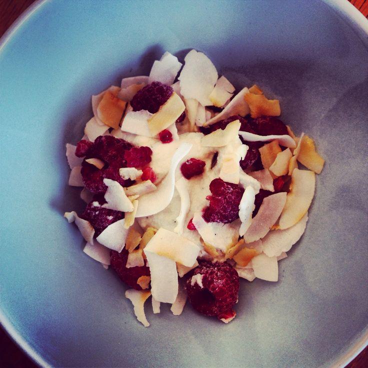 Bean Cashew cream with toasted coconut flakes & fresh raspberries ...