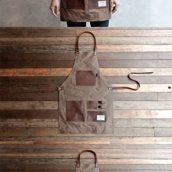 The Gentleman's Apron. Waxed canvas and pockets are made up by cowhide.
