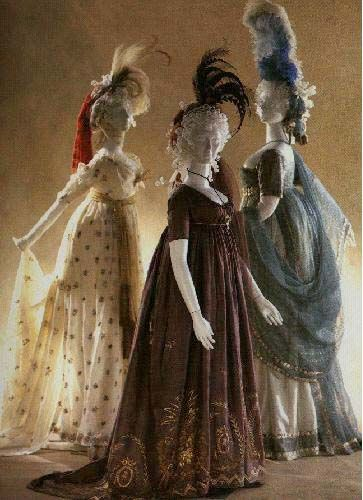 Round gowns, 1790-1800, from the Kyoto Costume Intitute.