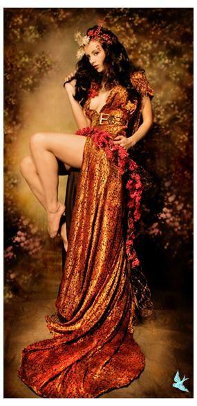 Autumn Mucha  Mucha Season: Model Kerri Taylor, MUA Lisa Naeyaert. LOVE THIS!!