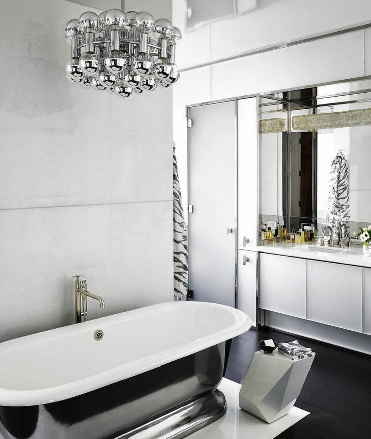 Manhattan townhouse bathroom ideas pinterest for Townhouse bathroom ideas