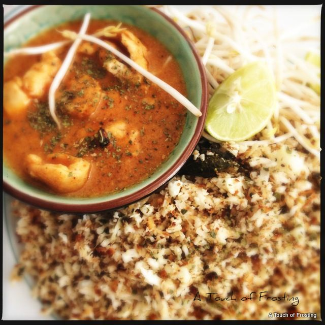 Red Chicken curry & Cauliflower 'Rice' | Indian and South Asian F...