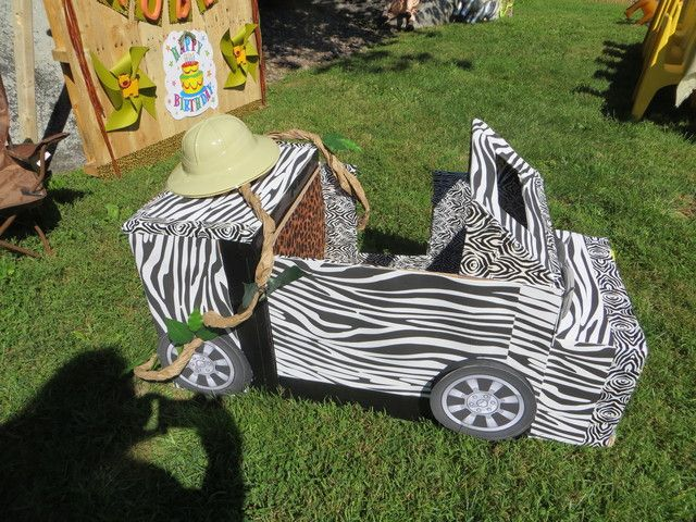 Zebra jeep at a Jungle Safari Party #junglesafari #party