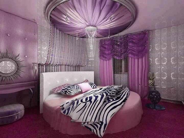 Pretty purple room with a huge bed creative room ideas - Pink and purple room ideas ...