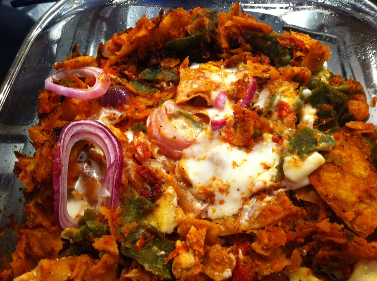 Chilaquiles Rojos con Pollo. (AKA Recycled stale Tortilla Chips with ...