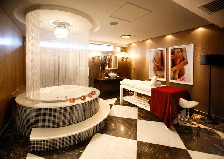 15 hotel: