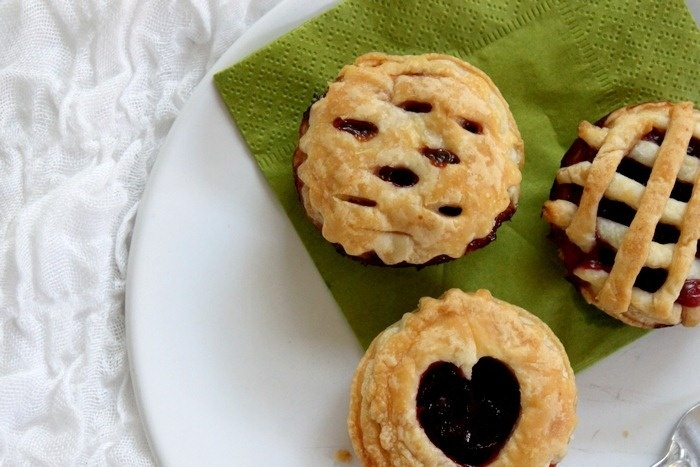 mini cherry pies | Sweet Treats | Pinterest