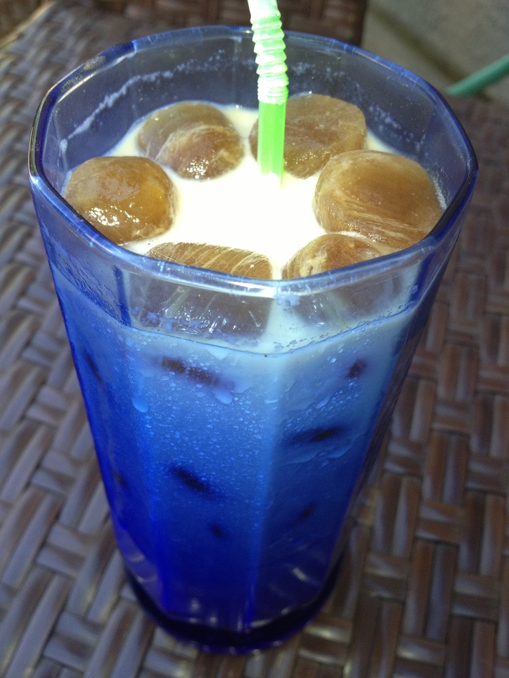 Iced coffee using recycled coffee. Just pour your left over coffee ...