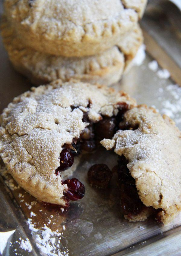 mince pie. | The Rustic Vegan. | Pinterest
