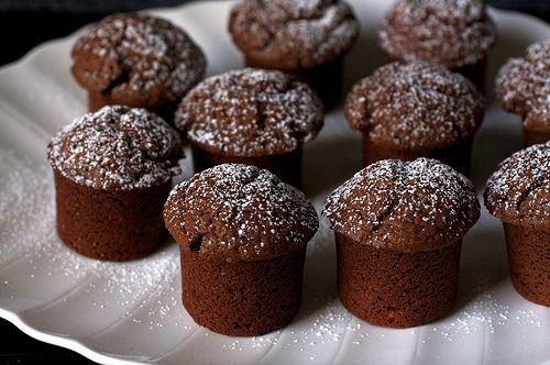Chocolate Yogurt Snack Cakes | Decadent Desserts | Pinterest