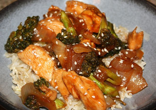 Sriracha Glazed Chicken & Onions | Recipes I'd Like To Try | Pinterest