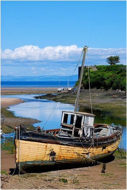 Old fishing boat boats and the sea pinterest for Old fishing boat