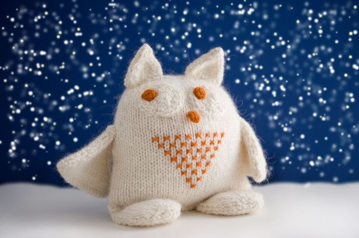 Snowy Owl Knitting Pattern : Free Owl knitting pattern My Owl collection Pinterest