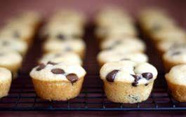 Pancake muffins - portable! I love this idea!