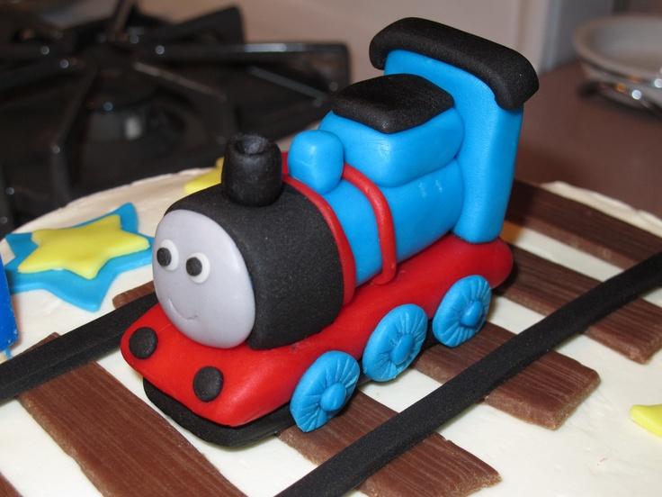 thomas train fondant cakes