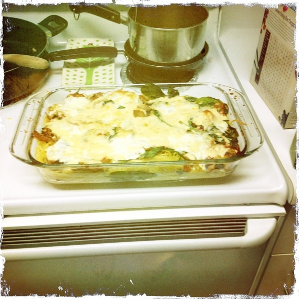mozzarella baked bow tie pasta and baked bow tie pasta with mozzarella ...