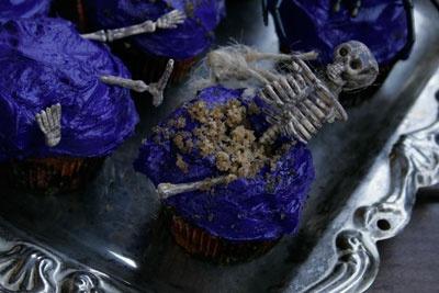 Graveyard Muffin | oh cupcake! | Pinterest