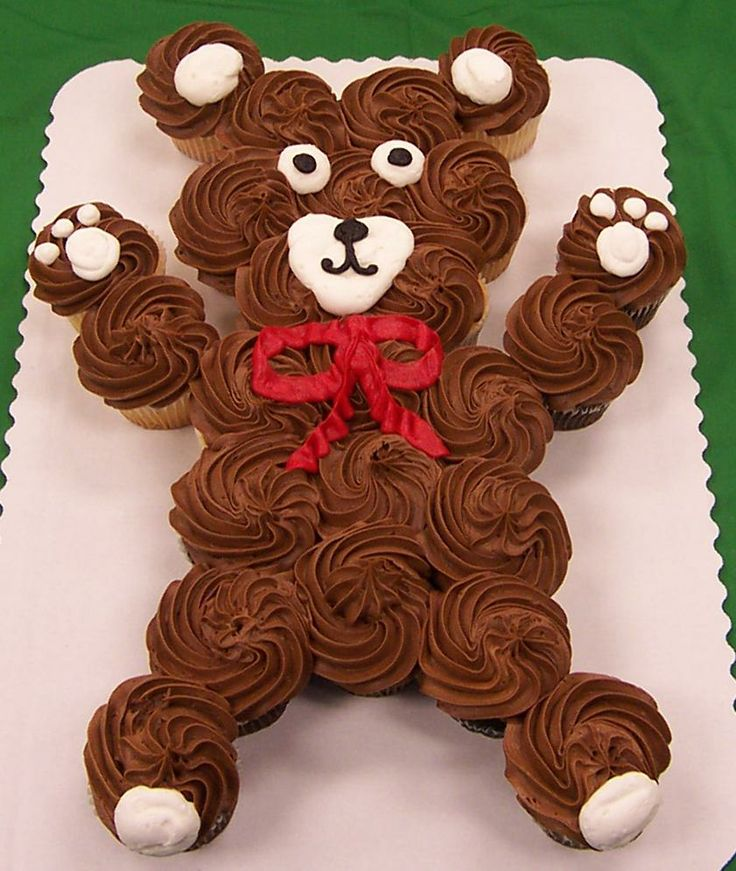 how to make a teddy bear cake out of cupcakes