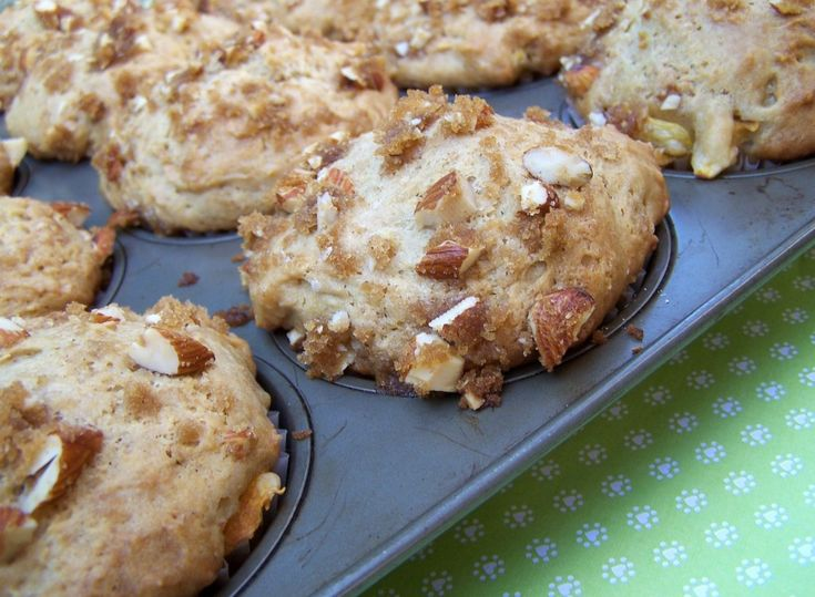 Almond Peach Crumble Muffins | CFB Recipes: Best Summer Recipes | Pin ...