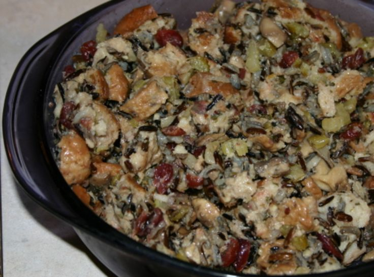 Cranberry Wild Rice Stuffing | Recipes that sound yummy | Pinterest