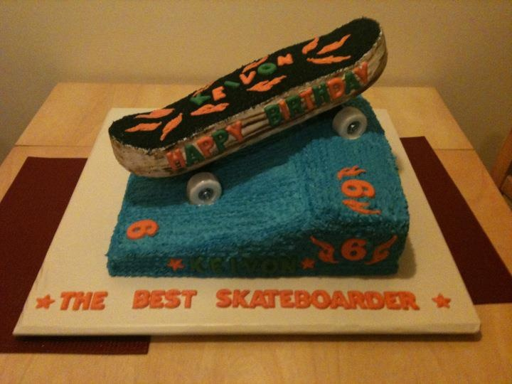 skateboard ramp cakes