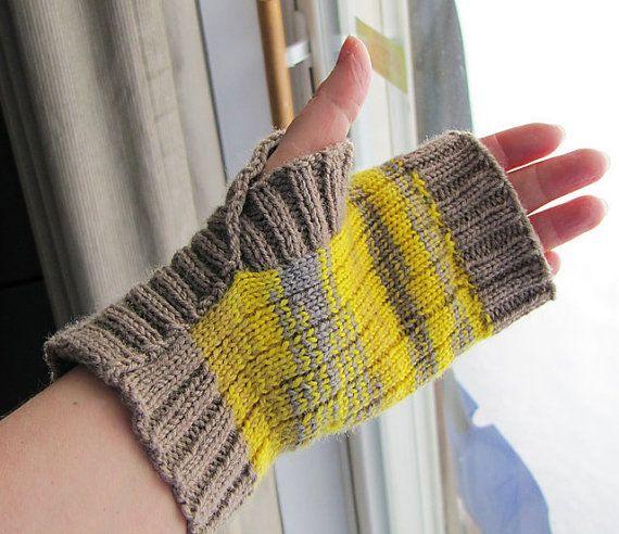 Gloves Knitting Pattern : Knitting Pattern - Fingerless Mitts, Fingerless Gloves - Instant Down?
