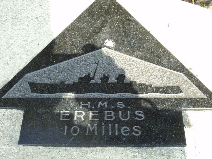 d day landings war graves