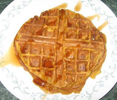 Spiced Pumpkin Waffles | Recipes I must try | Pinterest