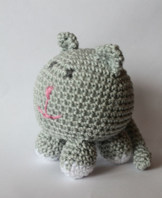 Free Crochet Patterns Cat : Roly Poly Cat - free crochet pattern crochet cats ...