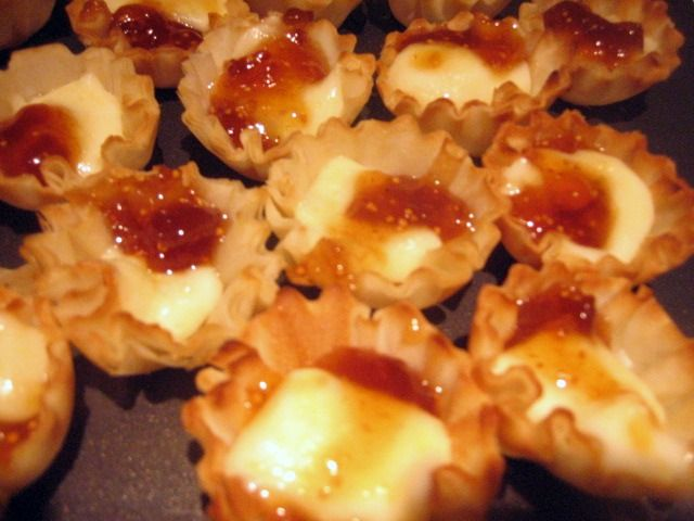 Fig Jam and Brie Filo Tarts This is a simple appetizer that is sure to ...