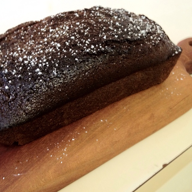 Black sticky Gingerbread cake! Recipe from 101 cookbooks!! Yum yum!!
