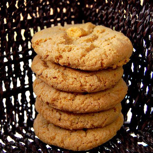 Cap'n Crunch Cookies, ftw.http://bourbonnatrixbakes.blogspot.com/2011 ...