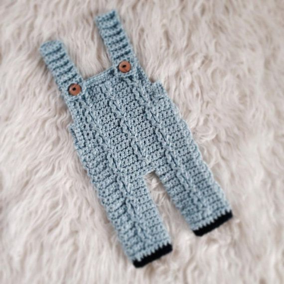 Crochet Baby Overall Patterns : Crochet Baby Overalls - Baby boy outfit - Baby Photo Prop