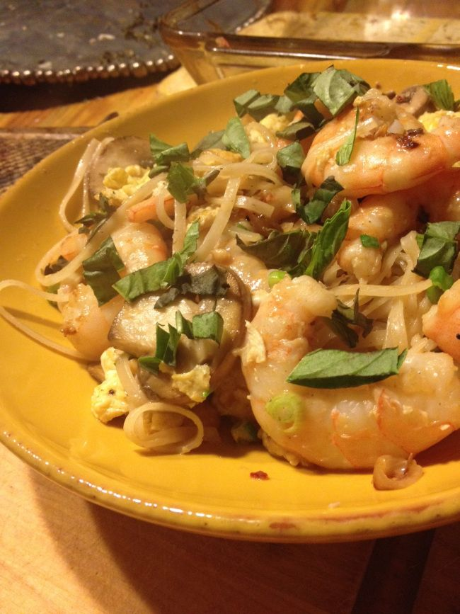 tastytuesday: lighter shrimp pad thai #bungalowkitchen