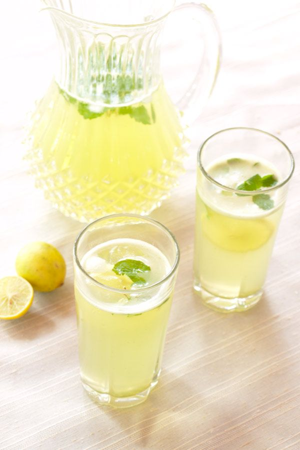 Limonana - Lemonade with Mint #stepbystep #recipe masalaherb.com I ...