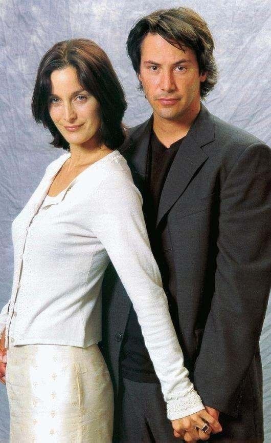 carrie anne moss and keanu reeves relationship