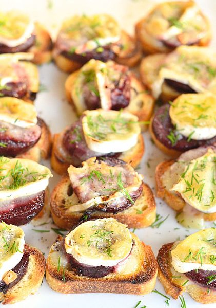 in ear beats Beet and Brie Crostini ReluctantEntertainercom  Recipe