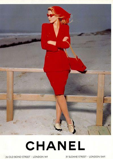 Chanel S/S 1990  Model: Claudia Schiffer