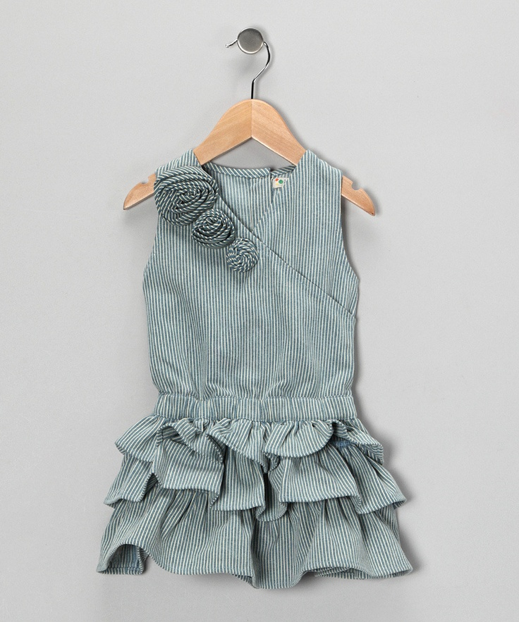 Lola et Moi : Every little girl needs a special dress hanging in her closet!