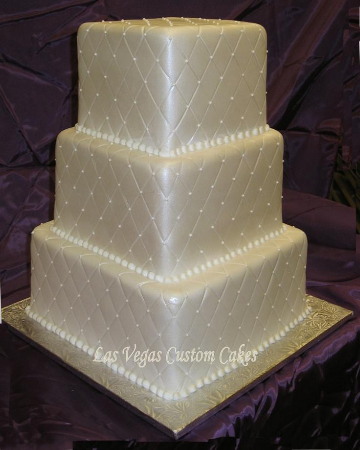 Quilt Design Wedding Cake : Quilted cake Wedding Planning Pinterest