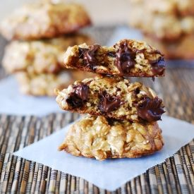chewy banana oatmeal cookies with chocolate chips. They are low fat ...