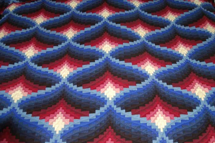 Light in the Valley Amish Quilt Pattern Bargello?Designs ...