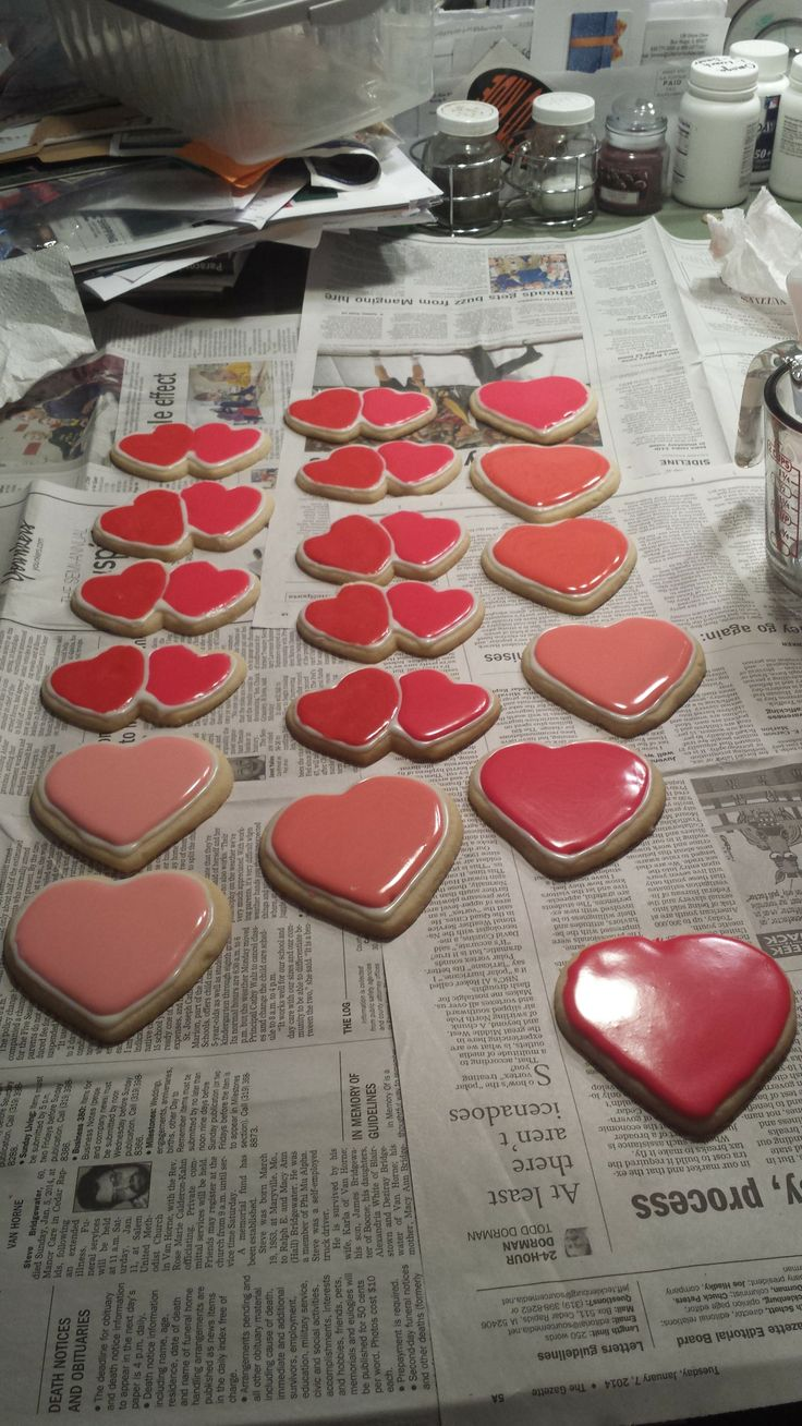 valentine's day sugar cookies with icing