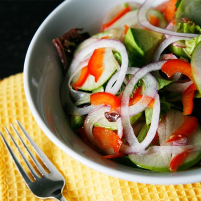 Green Apple, Red Onion, Avocado and Red Pepper Salad by Sarah's Cucina ...