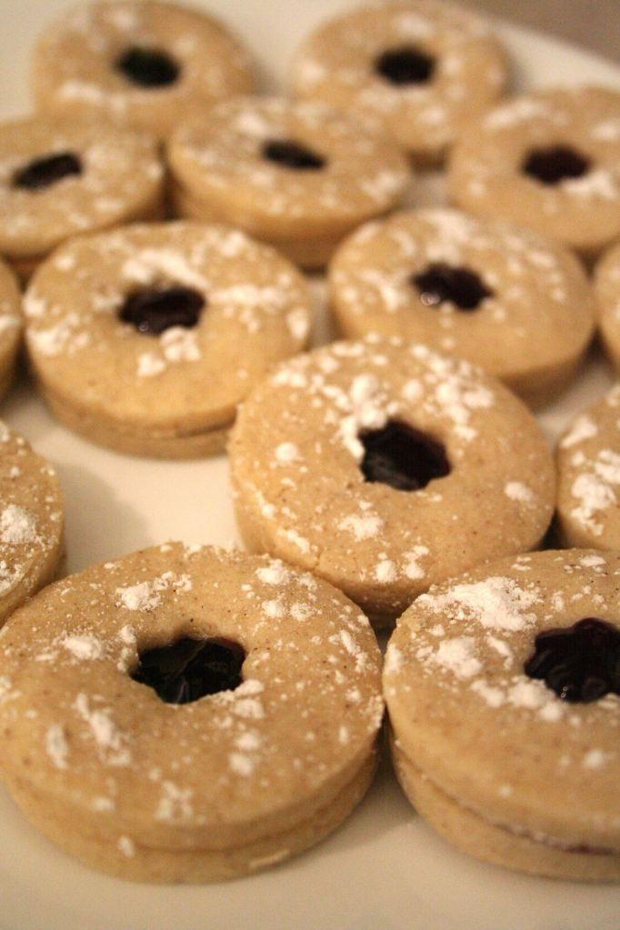 LINZER COOKIES | recipes | Pinterest