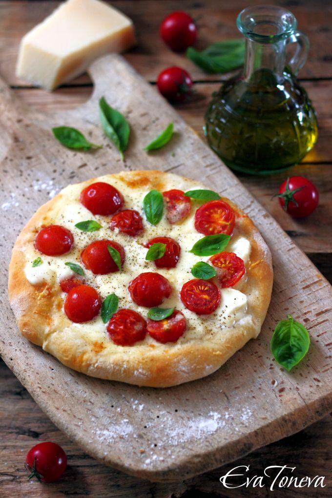 Pizza Margherita Recipe — Dishmaps