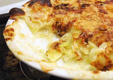 Potato Leek Gratin (add bacon)   Recipes   Pinterest
