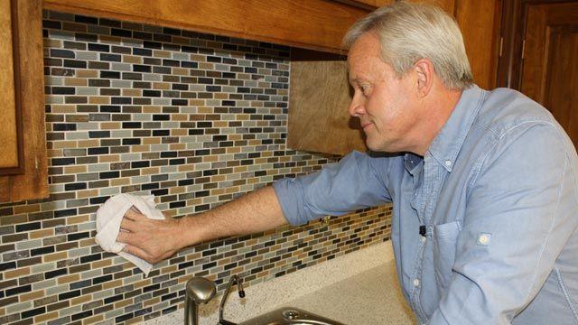 video how to install mosaic tile backsplash