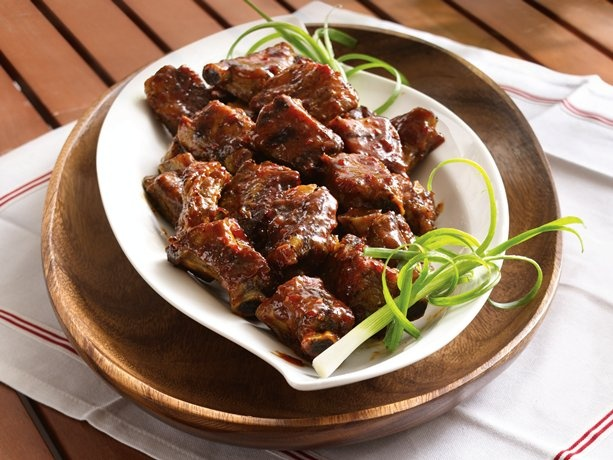 Slow-Cooker Grilled Spicy Chili-Glazed Riblets | Recipe